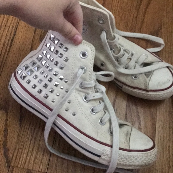 52c44a29c3fd Converse Shoes - studded off white converse